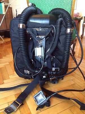 Sentinel Rebreather. Electronics-driven fully closed circuit constant PO2 design
