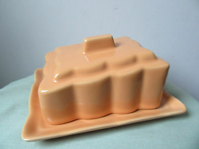 Vintage/retro cheese/butter dish.
