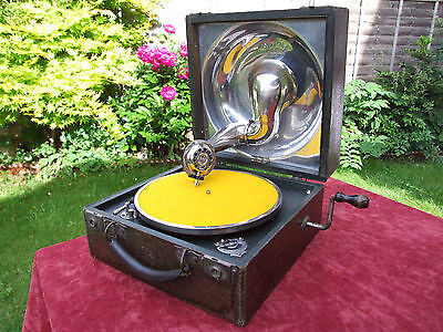 DECCA 1A trench style GRAMOPHONE made in London