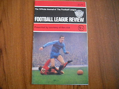 FOOTBALL LEAGUE REVIEW - Vol 2, No. 32 - 1967/68 SEASON - SWANSEA TOWN