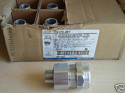 "Box of 20 NEW Thomas & Betts ST075-467 3/4"" STAR TECK (R) CABLE FITTING w RING"