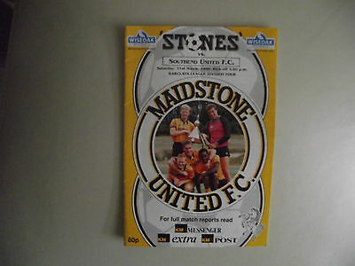 1989-90 Maidstone United v Southend United    Div Four
