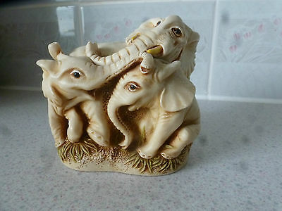 Gorgeous Elephants By Surprise Its A Box - Great Condtion