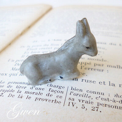 Feve ancienne allemande Ane couché Biscuit 1890/1910 Miniature Figurine Animal