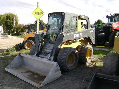 2013 John Deere 328D Skid Steer Loader
