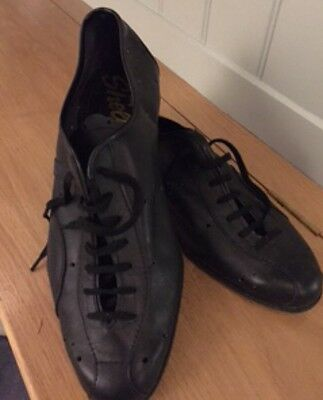 The Jam Bruce Foxton Stage Worn Bowling Shoes (Black)