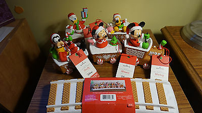 Hallmark 2016 DISNEY CHRISTMAS EXPRESS Train TRACK COMPLETE SET NWT SHIPS FAST!!