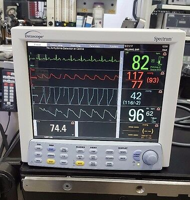 Datascope Spectrum Patient Monitor with CO2