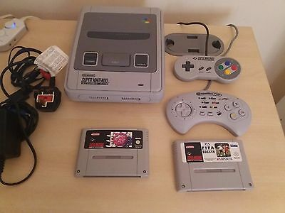 Super Nintendo Snes Console 2 Games and 2 Controllers