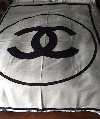 Chanel Black/white Wool Cashmere Blanket Throw VIP CC Limited Edition Sold OUT