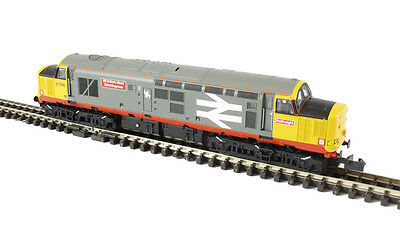 Graham Farish 371-168 Class 37/5 37506 RFD BR Railfreight Red Stripe Tested Only