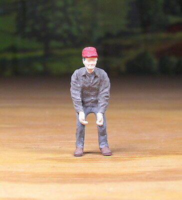 Detailed Construction Worker Lifting Metal Pewter Figure O /s Scale Train Layout