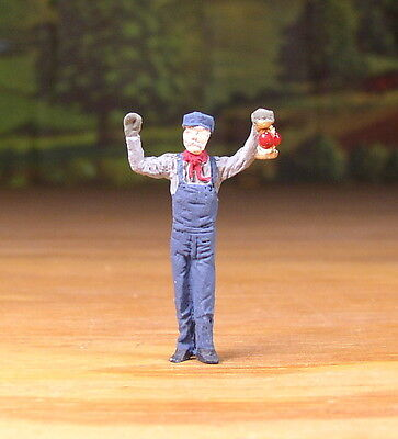 Detailed Railroad Crew Wave Lantern Metal Pewter Figure O / S Scale Train Layout