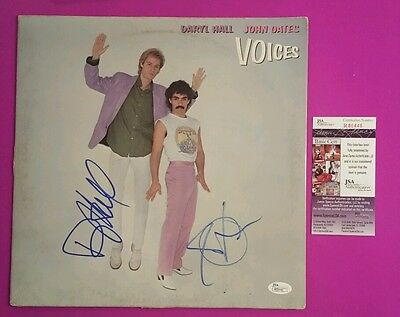 "Daryl Hall & John Oates Signed ""voices"" Lp Album With Photo Proof And Jsa Coa"