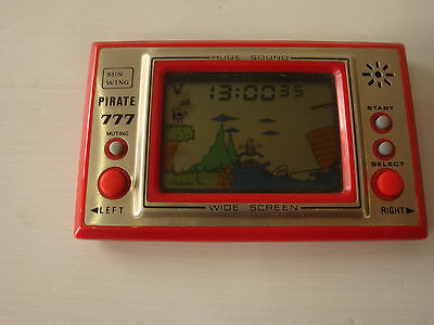Jeu electronique LCD type Game & Watch Pirate 777 sun wing wide sceen