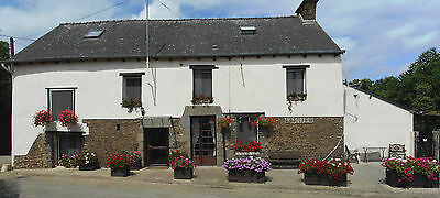 French Holiday Gite / Cottage, Brittany, Sleeps up to 16. Spring / Autumn 2020.