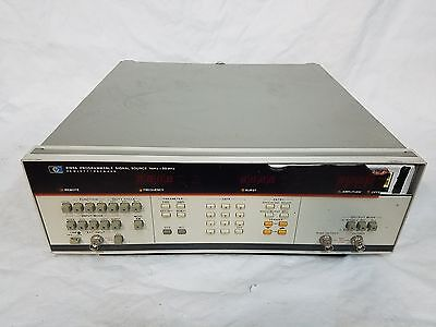 * HP 8165A Programmable Signal Source 1mHz-50MHz