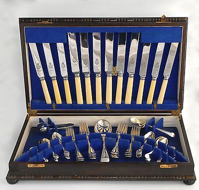 Vintage Canteen of VINERS Silver Plate Cutlery for 6 People - 44 Pieces