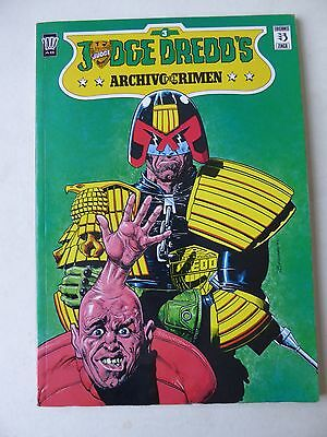 Judge Dredd's Archivo del Crimen III - Spanish Graphic Novel Comic 1990