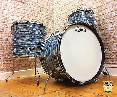 Vintage Late 1970s Ludwig Oyster Blue Super Classic Drum Kit: 13/16/22 (6 Ply)