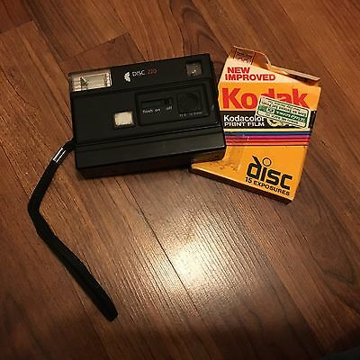 Sears Disc 220 Camera With One Unopened Expired Vr Film Disc Vintage Black