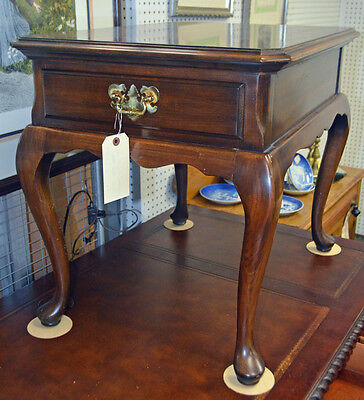 """QUALITY """"HARDEN"""" SOLID CHERRY QUEEN ANNE Style Lamp Table with Drawer"""
