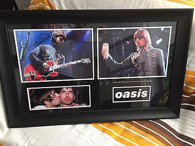 Signed Noel and Liam Gallagher, Oasis Display Framed + Proof of authentification