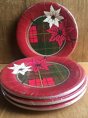 4 packs of Holiday Christmas Large Paper 40 Plates 10 per pack Poinsettia Plaid