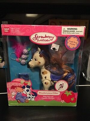 Vintage New  2004 Bandai Strawberry Shortcake Filly Parade Cookie Dough Ginger