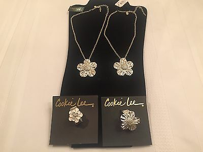 Cookie Lee Lot Of 2 Small Necklaces And 2 Rings