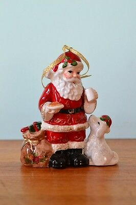 Royal Albert Santa Father Christmas musical Ornament ceramic  decoration DBt2
