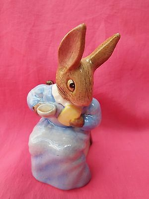 BEATRIX POTTER Royal Albert Boxed Figurine COTTONTAIL