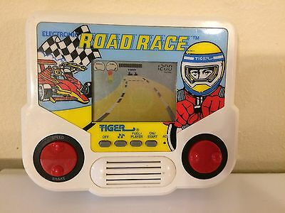 Vintage Electronic Road Race Handheld Game 1988 Tiger Electronics Tight Buttons