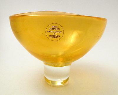 Stunning Miles Johnson Hand Crafted Australian Studio Art Glass Footed Bowl