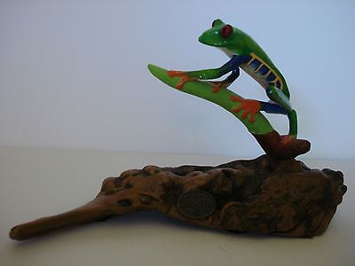 RED EYED TREE FROG Sculpture JOHN PERRY Wood Figurine