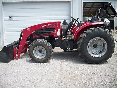 New Mahindra 3540 HST 4x4 Diesel Tractor with Loader