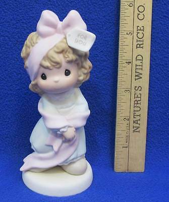 Precious Moments Figurine What Better To Give Than Yourself Girl Wearing Bow
