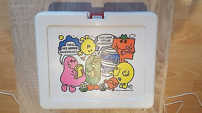 Mr Men Collectibles - 1981 Bluebird Lunchbox with 2 Flasks in Nice Condition.