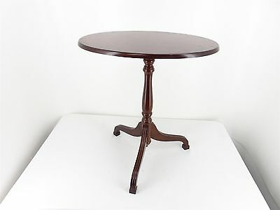 Vintage BOMBAY Tilt Top Side Pedestal TABLE Cherry Mahogany Color