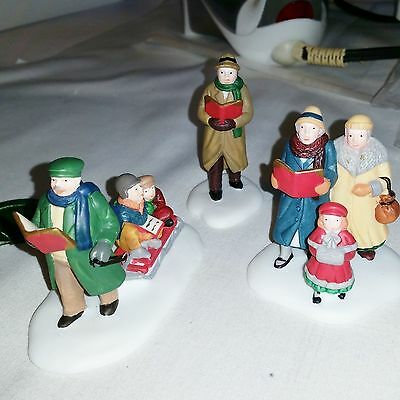 DEPT 56 Caroling through the City 3 pc Christmas in the City MINT RET 55484
