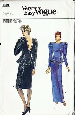 ~ Very Easy VOGUE Sewing Pattern 8821 Misses' Top & Skirt  Size 12~