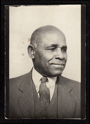 HAZY EYES WEARY OLD WISE BLACK MAN! 1950s PHOTOBOOTH AFRICAN AMERICAN PHOTO!