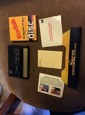 Vintage KODAK DISC 8000 Camera With 1 Film Disc and Display Case UNTested As Is