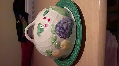 Muffin Cheese Dish and Cover Ware Round Covered Fruit Design Lidded Green