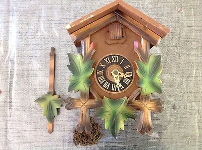 Antique Black Forest Cuckoo Clock For Restoration Or Spare Parts 23x16x12cm.