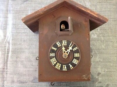 Antique Black Forest Cuckoo Clock For Restoration Or Spare Parts 20x20x12cm.