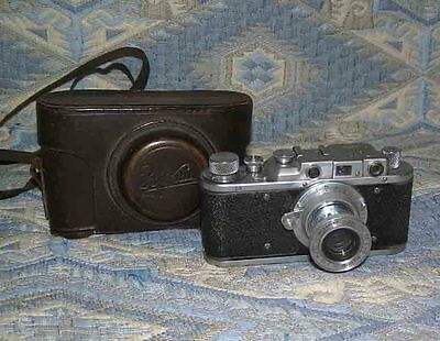 Zorki - 1 Old 35mm Vintage rangefinder Russian camera USSR
