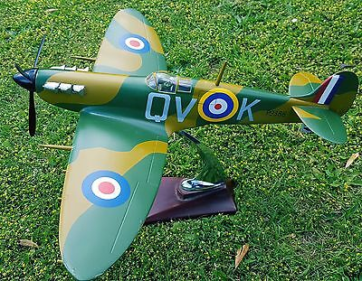 1:20 near Scale model Supermarine Spitfire
