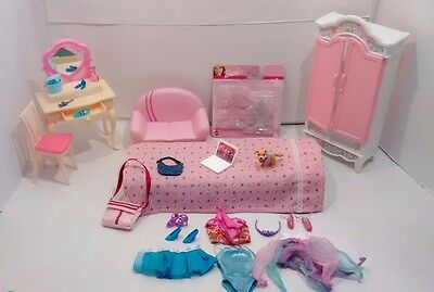 Barbie Furniture Dollhouse Bedroom Vanity Dresser Bed Wardrobe Couch Accessories