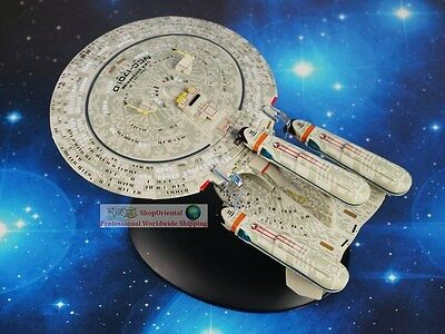 Eaglemoss STAR TREK USS Enterprise NCC-1701-D Future Diecast Model Starship A616